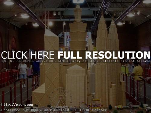 2 Amazing Toothpicks City Art by Stan Munro