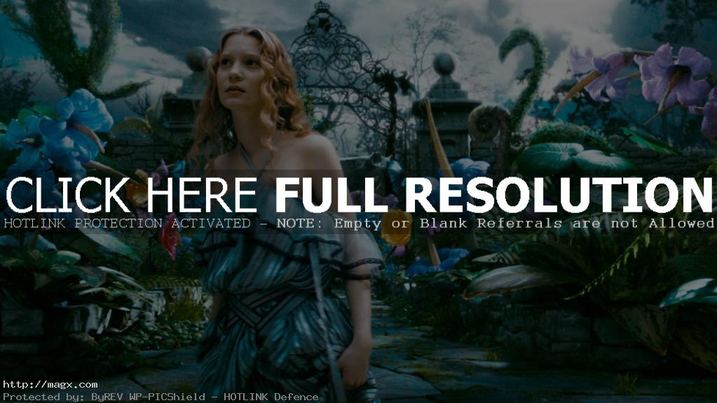 4 Mia Wasikowska is Alice in Wonderland 2010