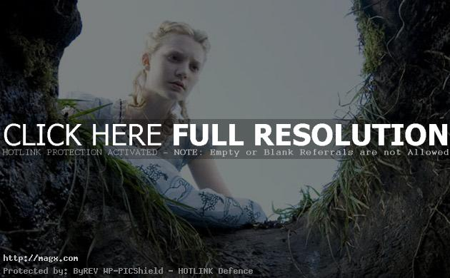 9 Mia Wasikowska is Alice in Wonderland 2010