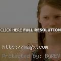 Mia Wasikowska is Alice in Wonde...